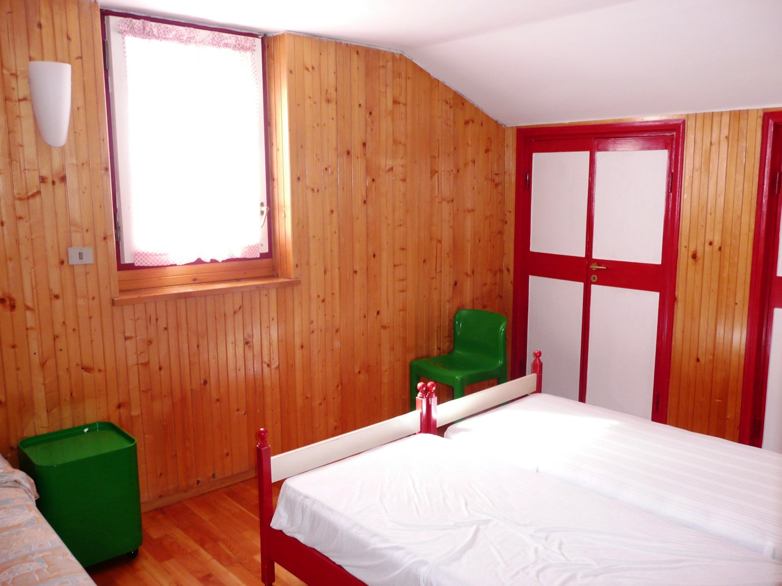 chambre coucher. Black Bedroom Furniture Sets. Home Design Ideas